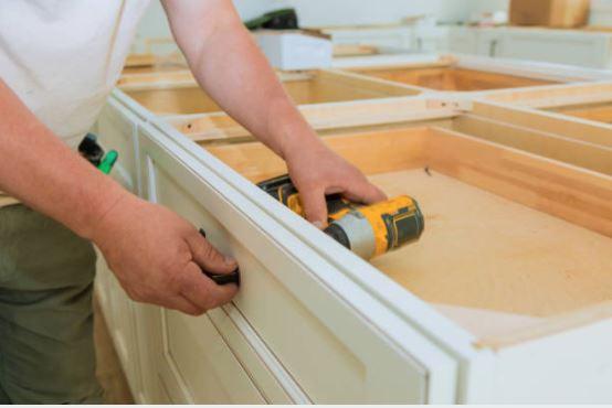 handyman for cabinets