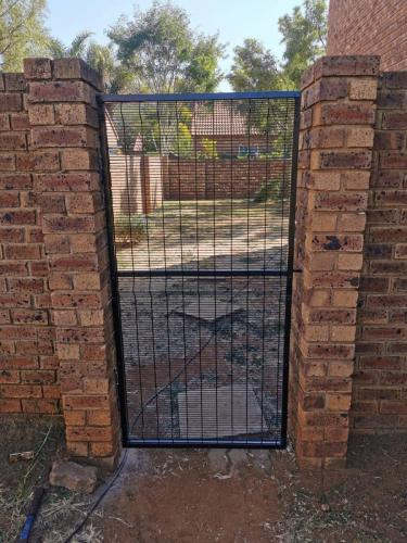 security gate install